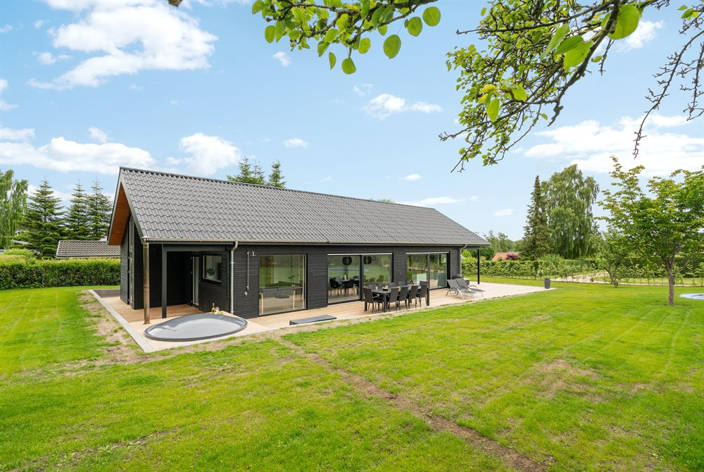 Holiday home in Hejlsminde for 10 persons
