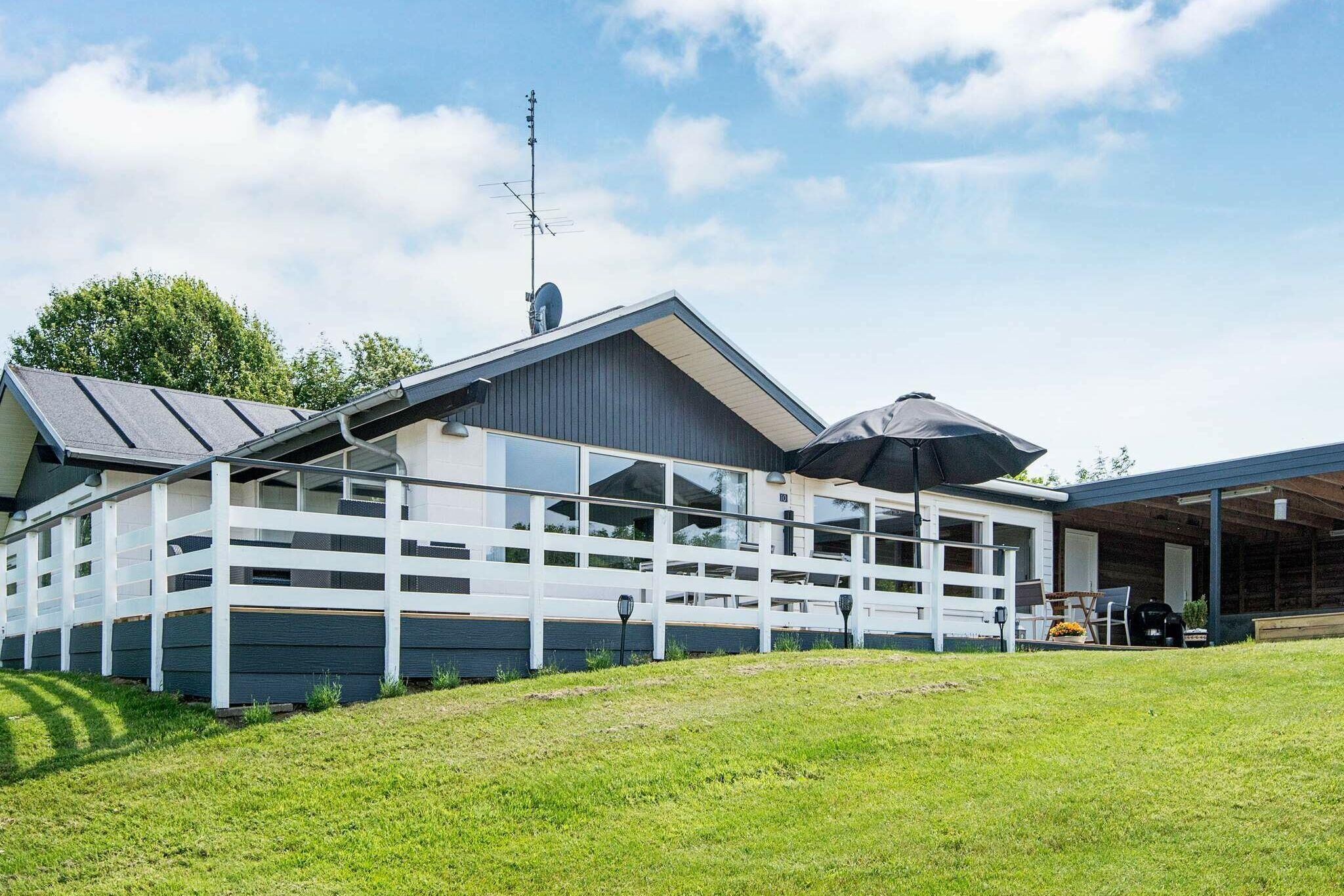 Holiday home in Allingabro for 8 persons