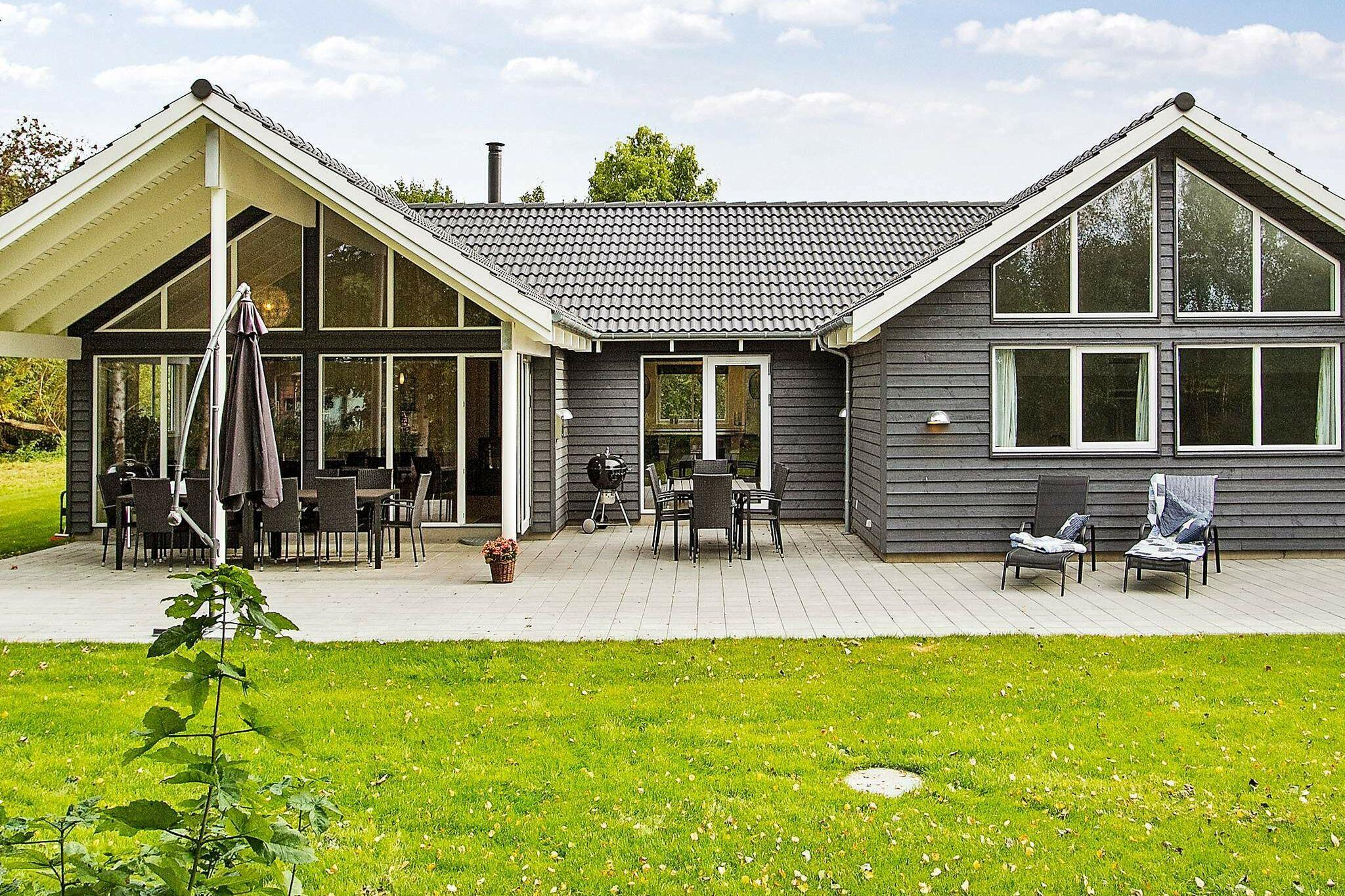 Holiday home in Hojby for 18 persons