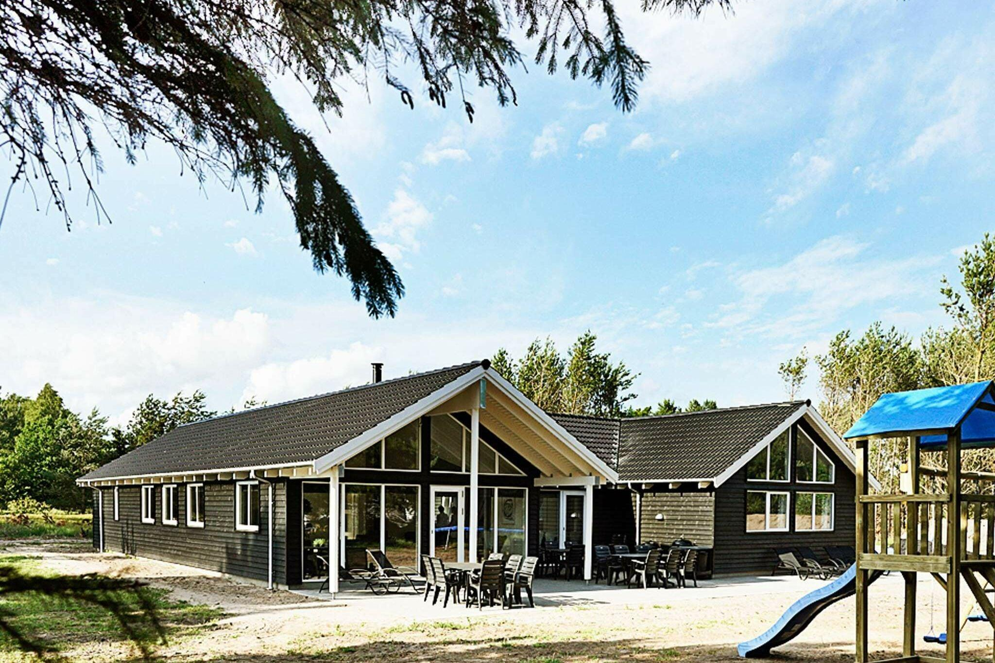 Holiday home in Nexo for 19 persons