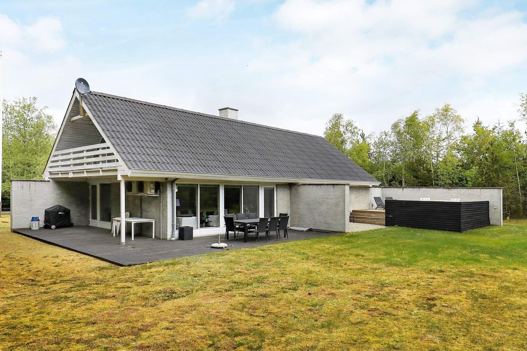 Holiday home in Hojslev for 10 persons