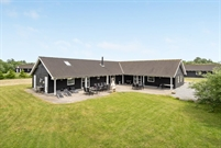 Holiday home in Marielyst for 18 persons