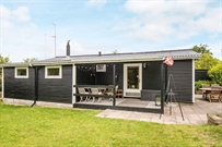 Holiday home in Allingabro for 9 persons