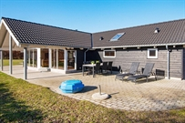 Holiday home in Ebeltoft for 14 persons